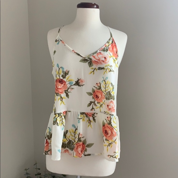 SHEIN Tops - Floral Sleeveless Tank Top